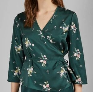 NWT Ted Baker size 3 Flourish Wrap Top